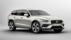 Nuova Volvo V60 Cross Country, la familiare entra nel bosco - Immagine: 21