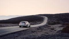 Nuova Volvo V60 Cross Country, la familiare entra nel bosco - Immagine: 24