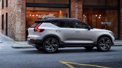 Nuova Volvo XC40: laterale