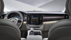 Nuova Volvo XC60 2021: abitacolo con nuovi rivestimenti