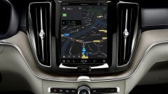 Nuova Volvo XC60 2021: il display centrale da 9