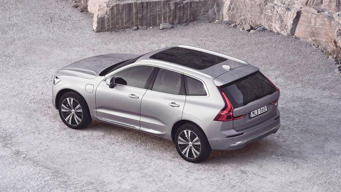 Nuova Volvo XC60 2021: novità di stile e nella tecnologia per infotainment e sicurezza