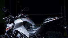 Nuova Yamaha MT-03: laterale e sella