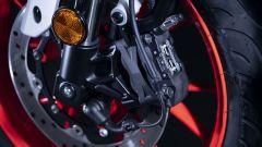 Nuova Yamaha MT-125 2020: dettaglio del freno anteriore