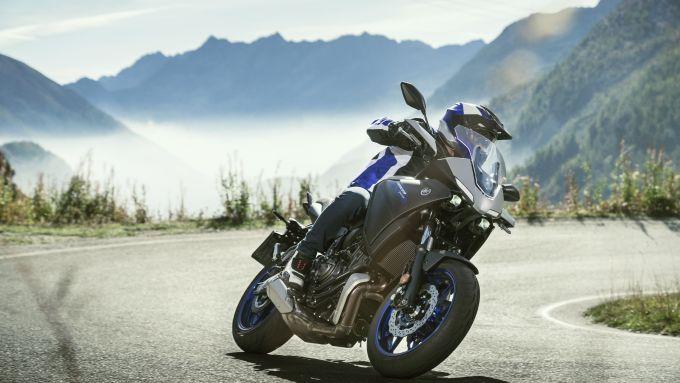 Nuova Yamaha Tracer 700: agilità e piacere di guida rimangono al top