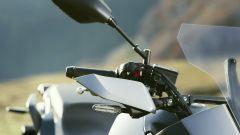 Nuova Yamaha Tracer 700: le frecce a LED