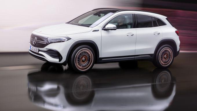 Nuovi modelli Mercedes: la prima del 2021 è il crossover elettrico EQA