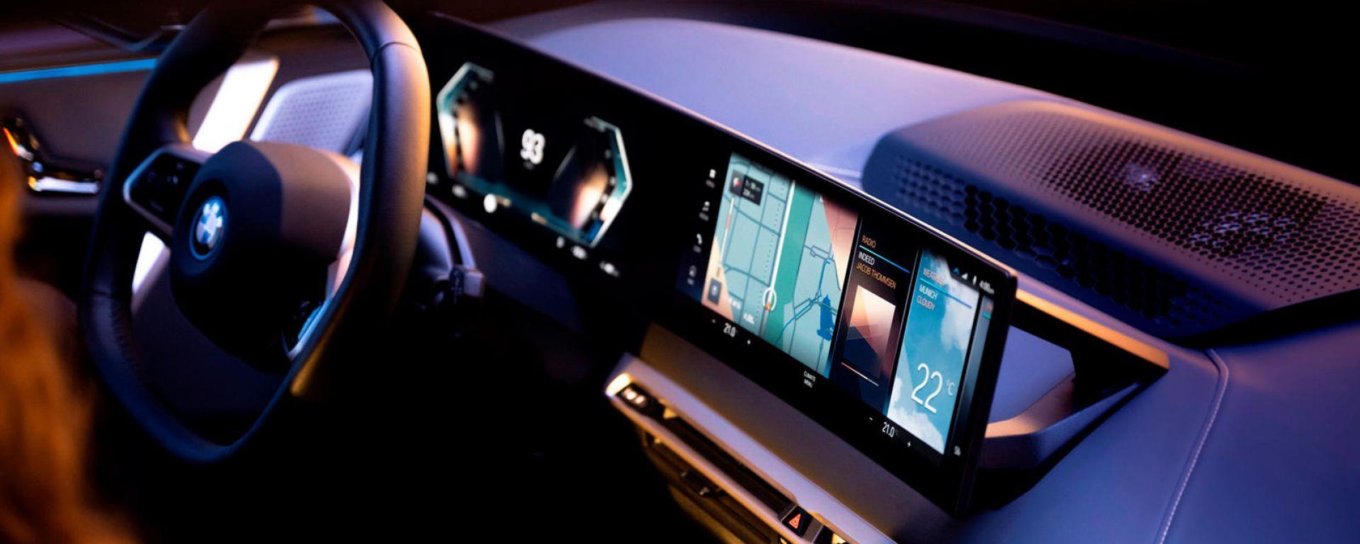 Nuovo BMW iDrive 8: come si evolve l'infotainment di bordo