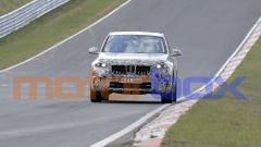 Nuovo BMW X1 2022, nuove foto spia: visuale frontale