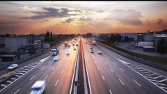 Nuovo Codice della Strada, limite in autostrada dei 150 km/h?