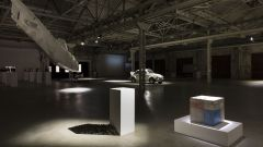 Hangar Bicocca: Una trilogia sul Maggiolone Volkswagen - Immagine: 7