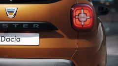 Nuovo Dacia Duster 2018: le luci posteriori, nuove, hanno un design a croce