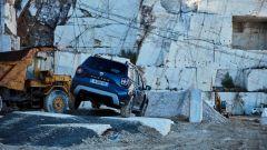 Nuovo Dacia Duster 2018: cambia tutto ma non il prezzo, da 11.900 Euro - Immagine: 24