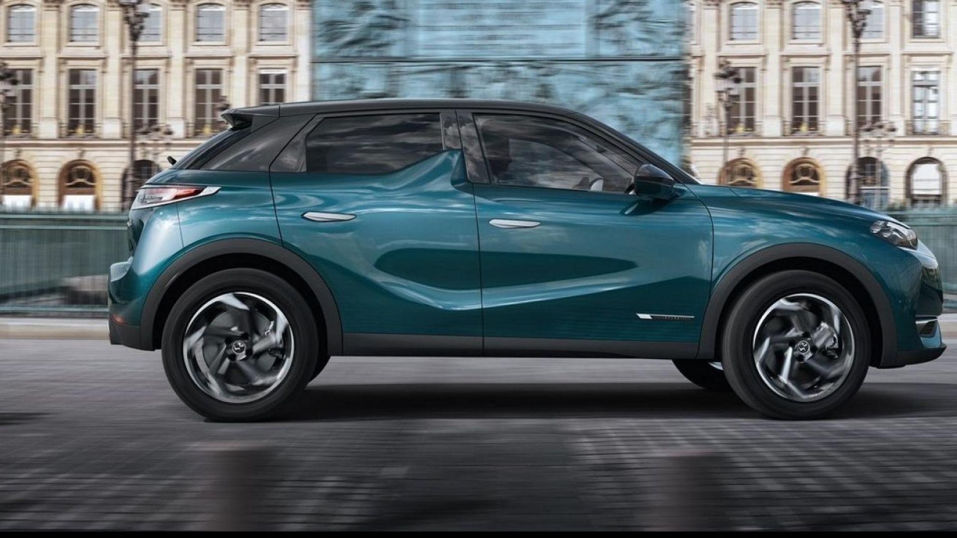 4 X 4 >> Salone di Parigi 2018: DS3 Crossback elettrica, DS7 ibrida ...