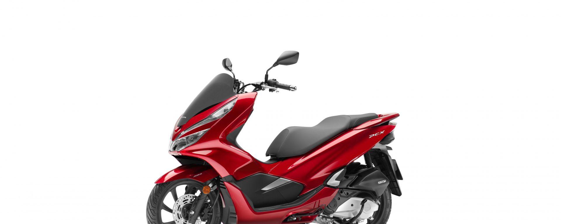 Nuovo Honda Pcx 125 Lo Scooter Si Rinnova Completamente Per Il 2018