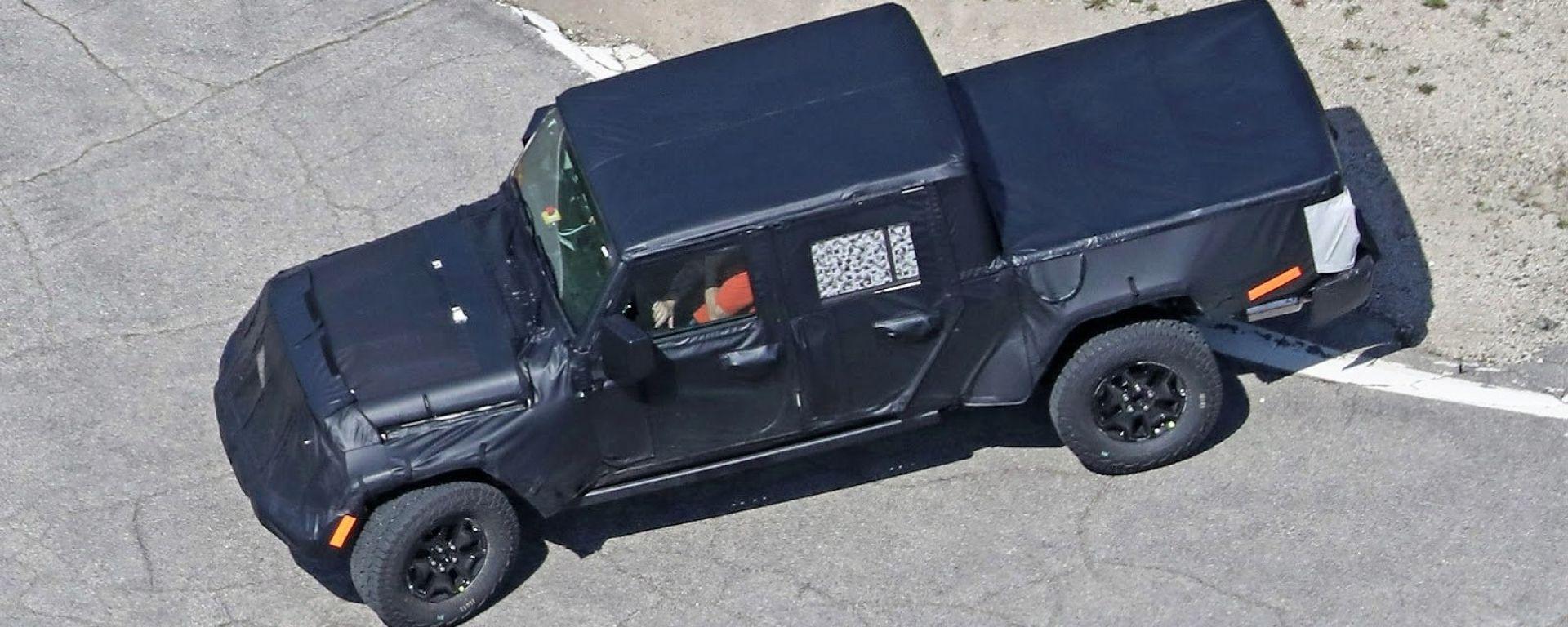 Nuovo Jeep Scrambler: il pick-up sarà pronto a inizio 2019