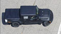 Jeep Scrambler, ecco i rendering del Wrangler pick-up - Immagine: 9