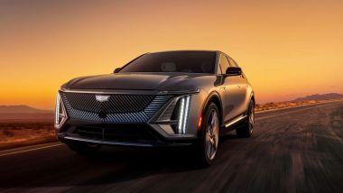 Nuovo logo Cadillac: la nuova Lyriq, visuale di 3/4 anteriore
