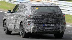 BMW X8, nuove foto spia dal 'Ring del giga SUV (poco) coupé - Immagine: 10