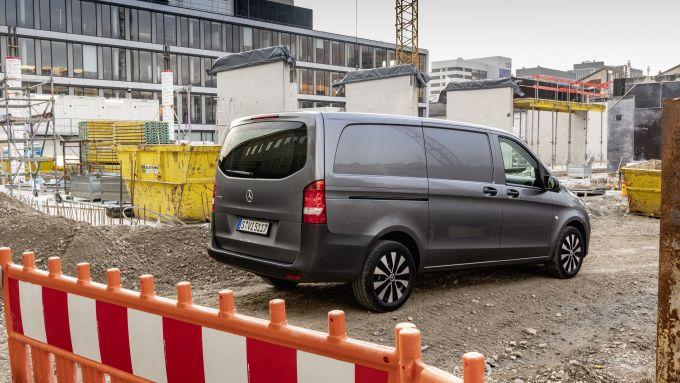 Nuovo Mercedes Vito 2020: la versione Furgone in azione sul campo