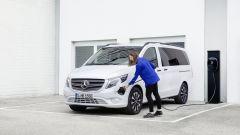 Nuovo Mercedes Vito: batteria agli ioni di litio da 90 kWh per la versione con motore elettrico