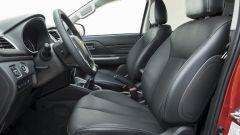 Nuovo Mitsubishi L200 2019: I sedili anteriori con rivestimento di pelle