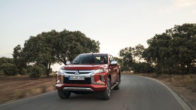 Nuovo Mitsubishi L200 2019: un look muscoloso