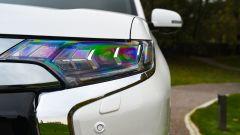 Nuovo Mitsubishi Outlander PHEV 2019: il nuovo faro a LED