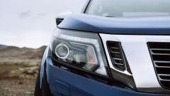 Nuovo Nissan Navara 2020: dettaglio del faro