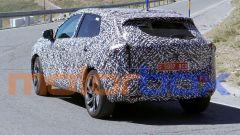 Nuovo Nissan Qashqai 2021: visuale di 3/4 posteriore