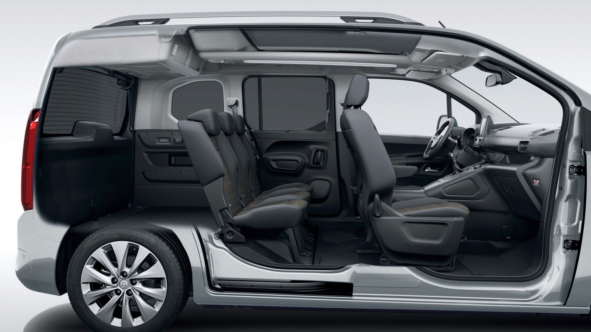 Nuovo Opel Combo Life 2018: dimensioni, 5 o 7 posti e ...