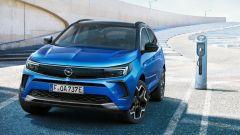 """Opel Grandland 2021, """"fari"""" sul restyling. Tutte le novità - Immagine: 10"""