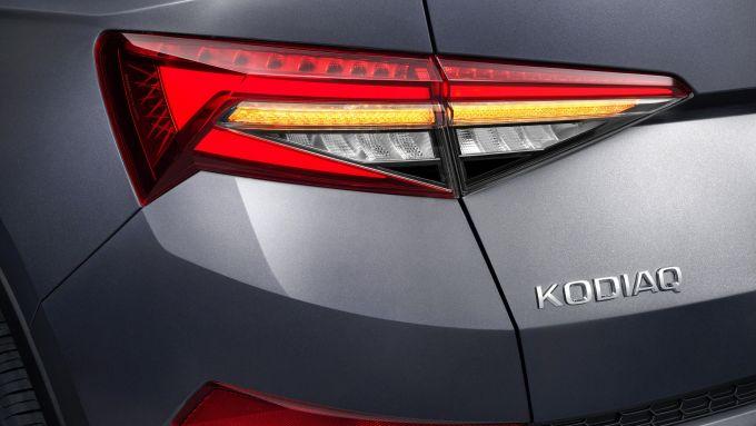 Nuovo Skoda Kodiaq 2021: i gruppi ottici posteriori