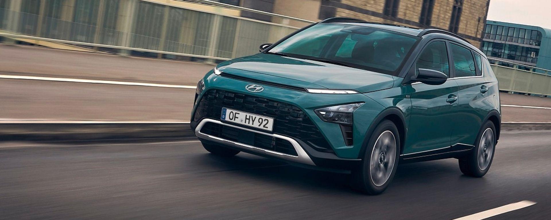Hyundai Bayon, il mini SUV è in vendita. Prezzi e versioni