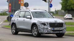 Nuova Mercedes GLB, primo teaser della versione di serie - Immagine: 5