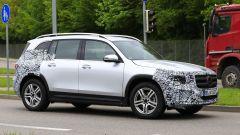 Nuova Mercedes GLB, primo teaser della versione di serie - Immagine: 6