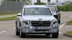 Nuova Mercedes GLB, primo teaser della versione di serie - Immagine: 9
