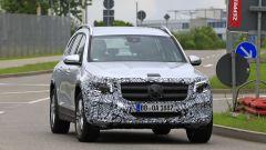 Nuova Mercedes GLB, primo teaser della versione di serie - Immagine: 10