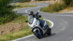 Nuovo Suzuki Burgman 400: la prova, pregi e difetti, prezzo