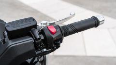 Nuovo Sym Maxsym TL 500: il blocchetto elettrico di destra