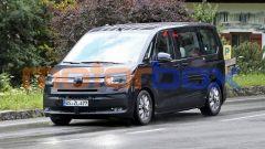 Nuovo VW Transporter 2021: prove di freni per i muletti