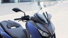 Nuovo Yamaha T-Max 400 2018, la sella ha la regolazione lombare