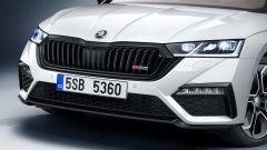 Skoda Octavia RS iV 2020: scheda tecnica, prezzo e prestazioni