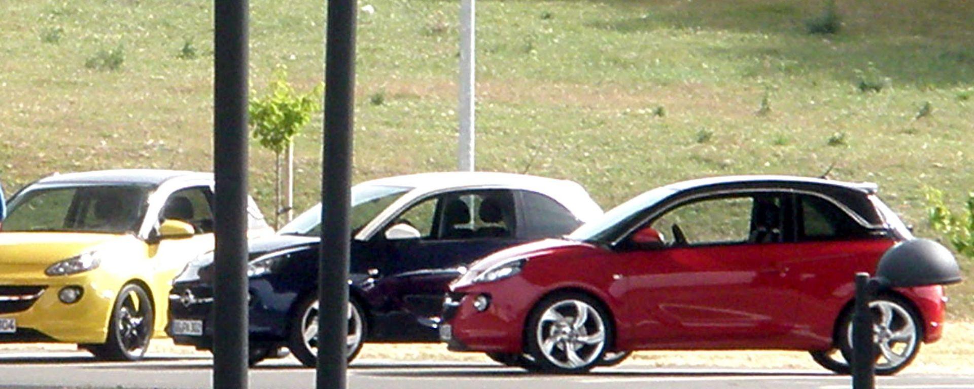 Opel Adam, prime foto a nudo