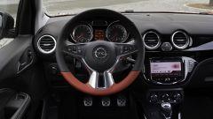 Opel Adam: sarà Valentino Rossi il testimonial - Immagine: 36