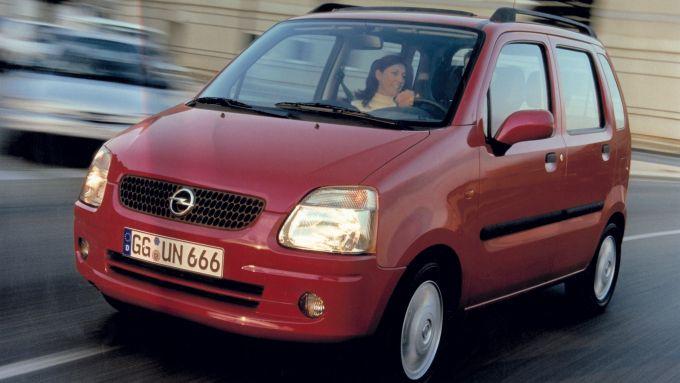Opel Agila, la prima generazione