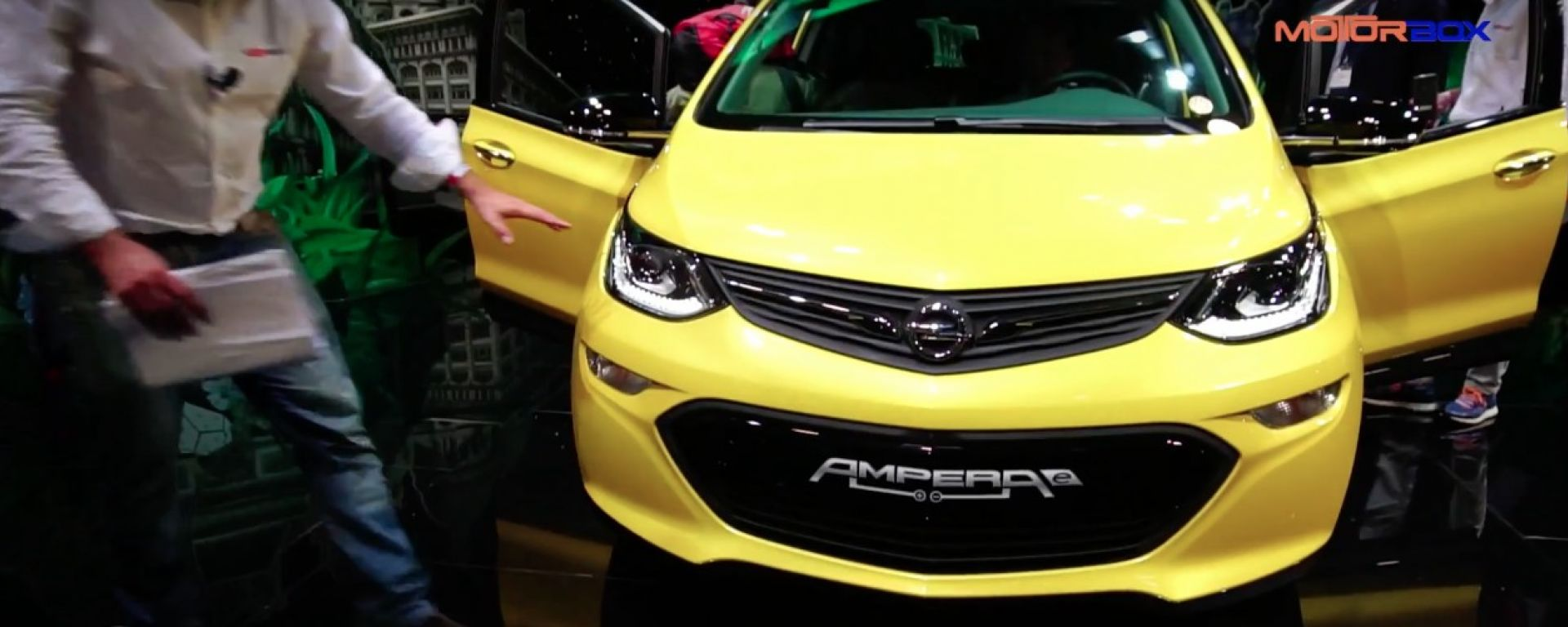 Opel Ampera-e, Salone di Parigi 2016