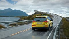 Opel Ampera-e su strada