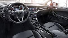 Opel Astra 2016: focus sui sedili  - Immagine: 4