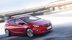 Opel Astra 2016, le foto dal Salone di Francoforte 2015 - Immagine: 10
